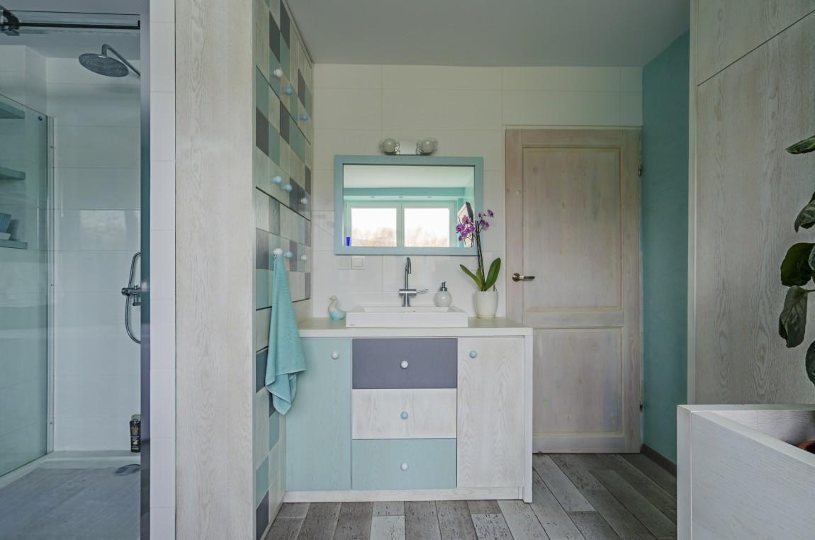 niebieski salon kąpielowy, portfolio, łazienka, projektowanie wnętrz