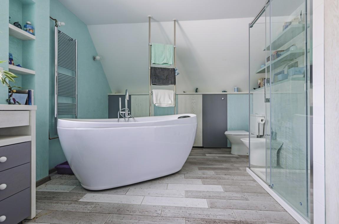 wanna wolnostojąca, salon kąpielowy, portfolio, łazienka, projektowanie wnętrz