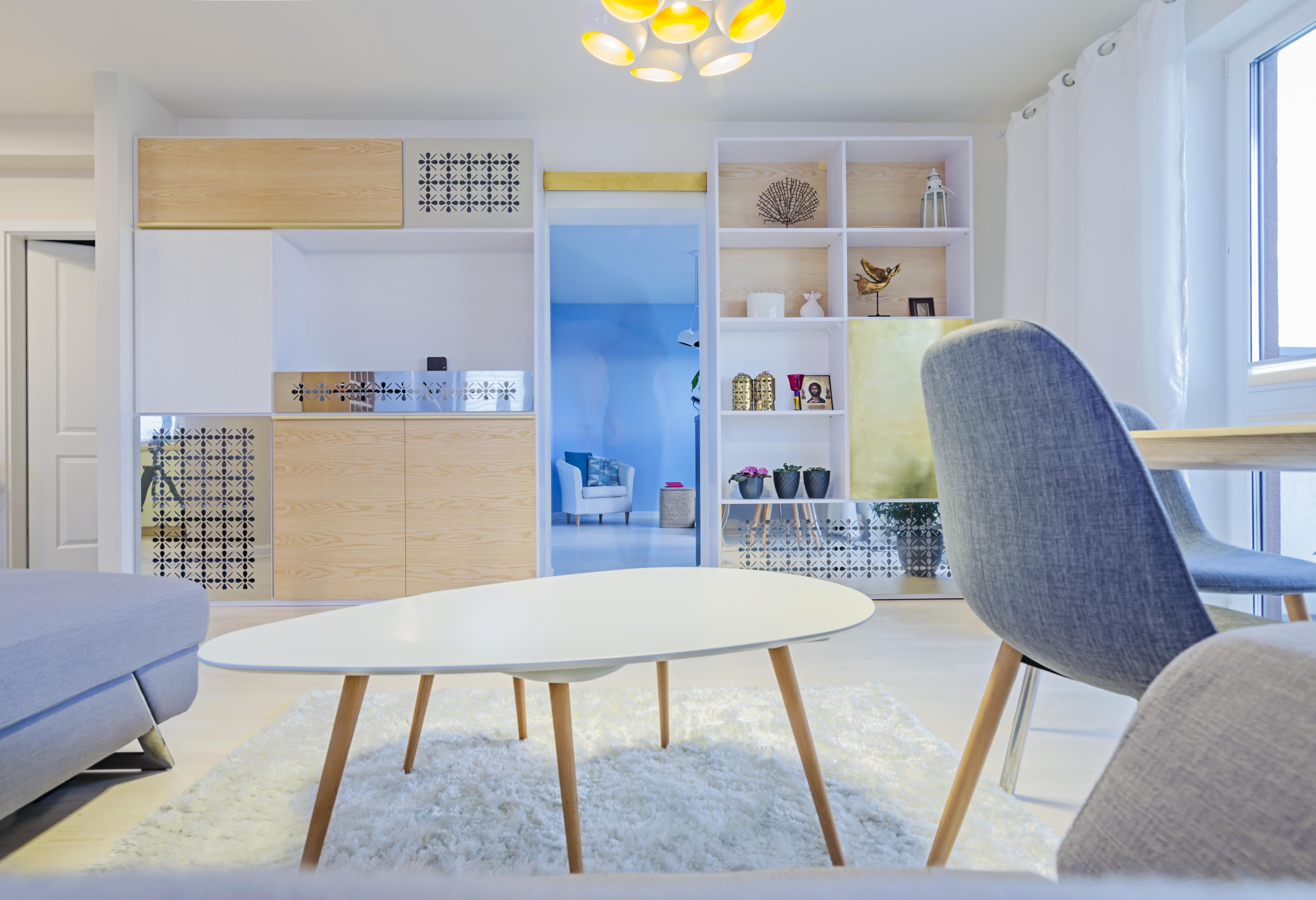 stolik, złoto i srebro, portfolio, laurowa, mieszkanie, projektowanie wnętrz, łazienka